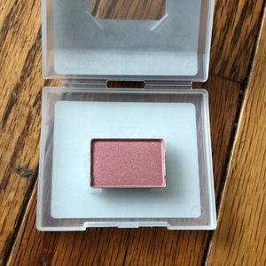 Mary Kay Mineral Eye Color - Precious Pink